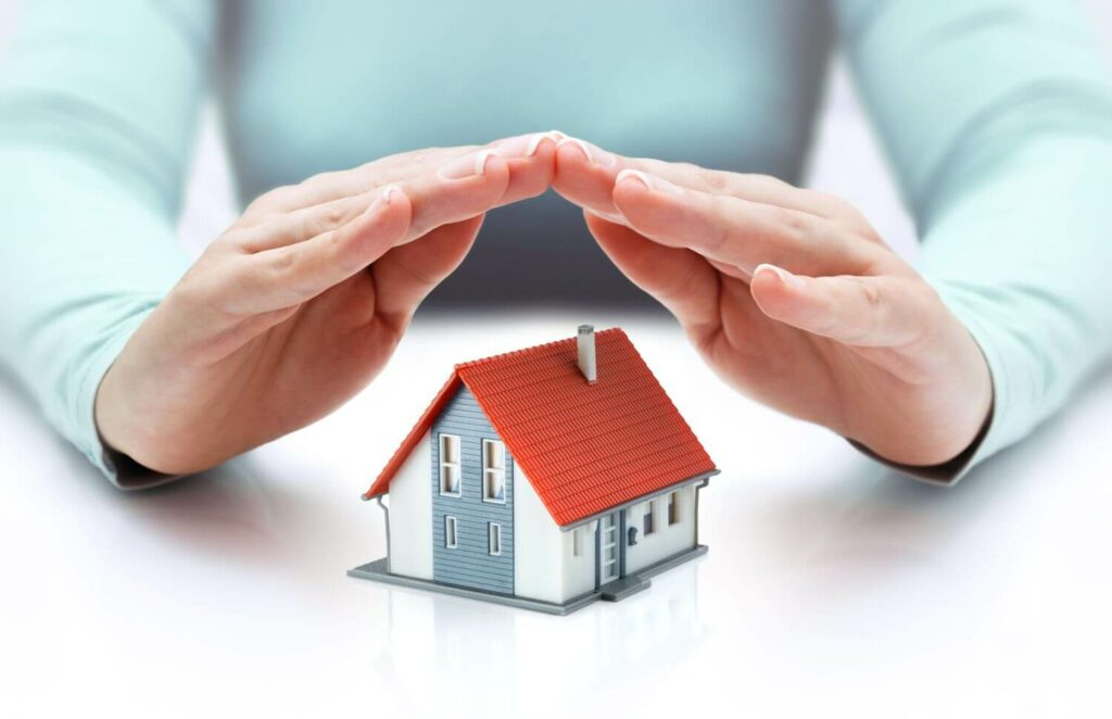 will homeowners insurance pay for a new roof